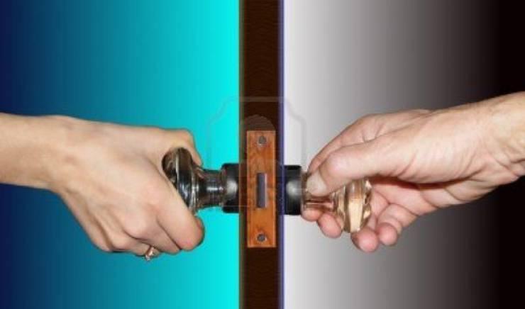 Ручки для межкомнатных дверей: как выбрать и установить